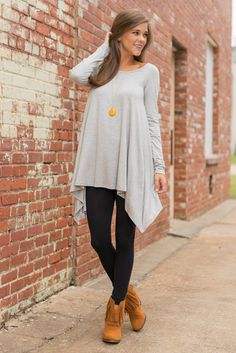 """""""Flowy Tunic, Long Sleeve Tunic, Heather Gray"""" We know you love this tunic in both our short sleeve and long sleeve version! Which is why we has to bring this beauty back in the easiest to style color! #shopthemint #newarrivals"""
