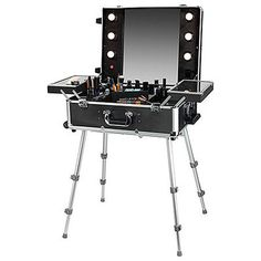MAKE UP FOR EVER Be Your Own Make Up Artist Vanity Set