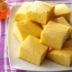 Moist & Sweet Corn Bread Recipe- Recipes We prefer good old Southern cornbread with our beans but sometimes want it sweeter. Here's a sweet version to hold up the butter. Baking Recipes, Cake Recipes, Dessert Recipes, Desserts, Pillsbury Recipes, Southern Buttermilk Biscuits, Sweet Cornbread, Jiffy Cornbread, Cookies