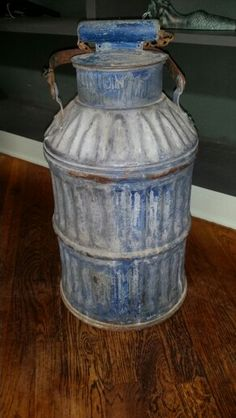 Union oil can $100.00