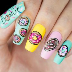 Unhas de donuts ♥ Unhas de rosquinhas super fofa e bem colorida