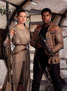 Daisy Ridley Daily - Ideas of Ray Star Wars - - kikaridley: Daisy Ridley as Rey and John Boyega as Finn in a promotional photo for Star Wars: The Force Awakens Rey Star Wars, Finn Star Wars, Star Wars Art, Star Trek, Star Wars Characters, Star Wars Episodes, Fictional Characters, Rey Cosplay, Star Wars Sequel Trilogy