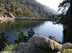 big bear lake spaces-and-places Places To Rent, Oh The Places You'll Go, Great Places, Places To Visit, Big Bear Lake California, Southern California, Big Bear Cabin, Cozy Cabin, Beautiful Places To Live