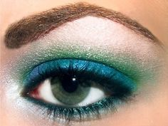 Seattle Seahawks makeup (Photo only)