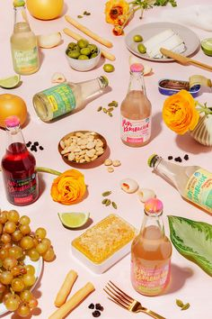 Looking for your next creative photography partner? Contact us today to see how we can work together to achieve your visual goals. Kombucha, Food Photography Styling, Creative Photography, Art Photography, Product Photography, Bebidas Detox, Photo Food, Prop Styling, Commercial Photography