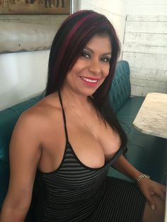 woman mature Picture latino