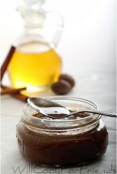 Homemade Honey Cinnamon Nutmeg facial scrub: 1/4 cup Raw Honey  1.5 tsp. -1.5 TBSPCinnamon powder  1/2 tsp. - 2 tsp. Nutmeg powder. Nutmeg and honey act as natural anti-inflammatories, which can reduce swelling and redness in skin. They're also great for soothing acne scars and preventing infection.