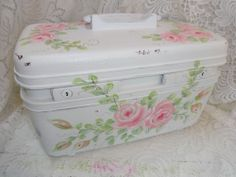 CHARMING KEEPSAKE TRAIN CASE So pretty with Hand Painted Roses ~ avail on eBay ~ by artist D.A.Sommers