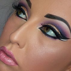 @daniellerobertsmua   Arabic Makeup  Bollywood Makeup  Makeup Ideas
