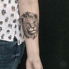 Geometric Lion Tatttoo by Sven Rayen
