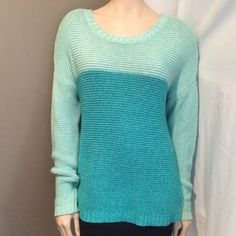 Mint/Turquoise Color Blocked Chunky Knit Sweater Super comfy and cute sweater! Worn a couple times, so in great condition! On the left side (looking from the front), where the torso and sleeve meet, on the top of the shoulder there is a little tuff of threads coming up (top of last picture). • Have any questions? Just ask! Forever 21 Sweaters Crew & Scoop Necks