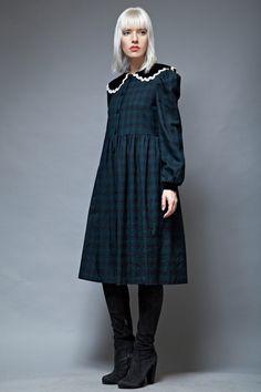 The Rabbit Hole - vintage peter pan collar dress plaid navy green long sleeves M, $65.00 (http://www.shoprabbithole.com/vintage-peter-pan-collar-dress-plaid-navy-green-long-sleeves-m/)