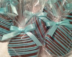 Items similar to Tiffany Blue Chocolate Covered Oreos Cookies Wedding Favors It's a Boy Christening Favors Tiffany Baby Shower Party Favors on Etsy Baby Shower Desserts, Baby Shower Party Favors, Baby Shower Cupcakes, Shower Cakes, Baby Shower Parties, Blue Chocolate, Chocolate Covered Oreos, Dipped Oreos, Fiesta Baby Shower