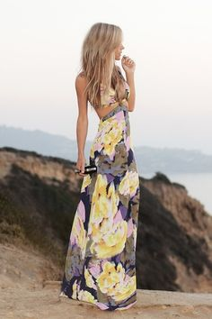 Floral maxi, would look adorable in bora bora or wherever we take our fancy honeymoon!