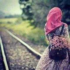 Be along is better than a break upp Hijab Style Dress, Modest Fashion Hijab, Hijab Chic, Hijabi Girl, Girl Hijab, Muslim Girls, Muslim Women, Beautiful Hijab, Beautiful Asian Girls