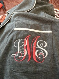 I really like using the two colors on the monogram, at least I like it the way it has been used here.
