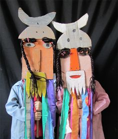 grands masques- would be fun to use in grade 4 norse mythology! Cardboard Mask, Cardboard Crafts, Paper Crafts, Crafts For Kids To Make, Projects For Kids, Art Projects, Diy Karton, Viking Art, Middle School Art