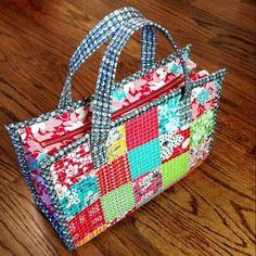Dainty Tote Bag Tutorial | Craftsy