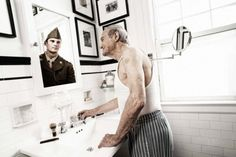 Tom Hussey portrays old people looking at their younger reflection in the mirror.