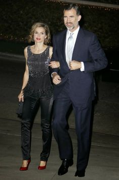 Nov 14, 2013 ~ Prince Felipe and Princess Letizia attened a reception hosted by James Costs, U.S. ambassador in Spain, at his home in Los Angeles