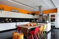 Resultado de imagem para ilha de cozinha com mesa