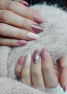 Lavender and glitter nail art design #GlitterNails
