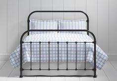 Timolin iron bed in black