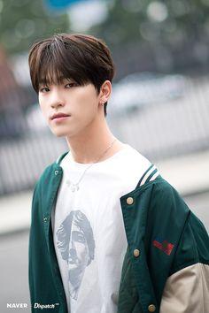 Dino (Seventeen) steals fangirls' heart with perfect handsomeness Woozi, Wonwoo, Jeonghan, Seungkwan, Vernon, Hiphop, Dino Seventeen, Seventeen The8, Baby Dino