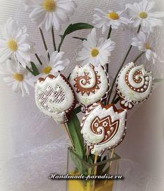 Пасхальные медовые пряники Mother's Day Cookies, Cake Cookies, Sugar Cookies, Cupcakes, Honey Cake, Flower Cookies, Easter Recipes, Happy Day, Cookie Decorating