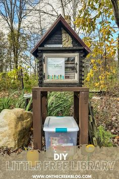 A unique Little Free Library located in Ohio. #sharebooks #littlefreelibraries #littlelibrary #littlefreelibrariesofinstagram #bookstagram #freelittlelibrary #bookbox #LittleFreeLibrary #bookaholic #igbooks #bookworm #reading #booknerd #booklove #ilovereading #instaread #bookish Little Free Libraries, Little Library, Free Library, Rough Cut Lumber, Rural Area, Metal Roof, Log Homes, Fun Projects, Book Worms