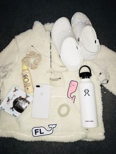 VSCO – makaylateal – Collection - Birthday Presents Teen Fashion Outfits, Outfits For Teens, Trendy Outfits, Summer Outfits, Girl Outfits, Cute Outfits, Vacation Outfits, Winter Outfits, Basic White Girl