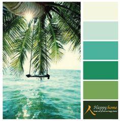 Kleurinspiratie van de woonwinkel Happy Home. Blauw groen en wit een tropisch kleurenpalet ontstaat. Met gebroken wit als basis en groen/blauw als accent kleuren heb je nooit meer last van een winterdip. www.happy-home.nl
