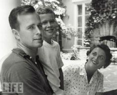 George W. Bush, 9 Years Old, With His Mother and Father, 1955http://www.stellasmagazine.com/img01/young-precidents02.jpg
