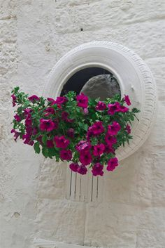 Recycled Tire Planter for Balcony / Garden - Balcony Decoration Ideas in Every U. - Recycled Tire Planter for Balcony / Garden – Balcony Decoration Ideas in Every Unique Detail - Balcony Planters, Tire Planters, Balcony Garden, Decoration Shabby, Balcony Decoration, Jardin Decor, Tire Garden, Tyres Recycle, Recycled Tires
