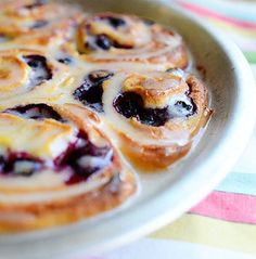 Recipe for Blueberry Lemon Sweet Rolls - I make these Lemon Blueberry Pancakes for my kids, and they love them. I suspect you'll love them, too.