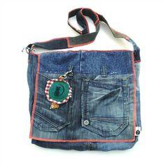 Nieuws - Week 29 postmanbag twee van Chatoui - Fashionable items made of used materials, www.chatoui.nl