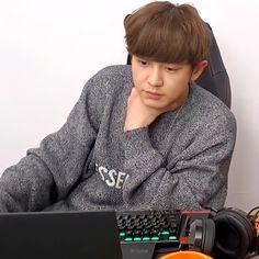 Park Chanyeol, Season 8, Kyungsoo, Kpop Boy, Boyfriend Material, My Boys, Candid, Parks, Idol