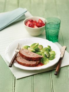 """Classic Meatloaf from the NEW """"The Perfect Diabetes Comfort Food Collection,"""" by Robyn Webb"""