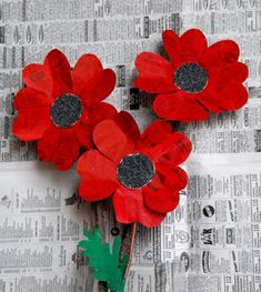 poppy flowers made from newspaper; found at That Artist Woman
