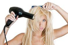 """""""Jesteś winna przestępstw na włosach?"""". Potrzeba intensywnej regeneracji, by im zadośćuczynić!"""