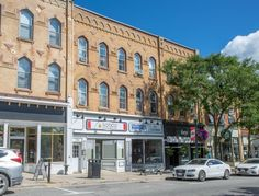Beautiful 2 Bedroom Condo With Updated Kitchen in Downtown Orangeville! Mls Real Estate, Mls Listings, Great Team, Above And Beyond, Updated Kitchen, Marketing Plan, Playground, Condo, New Homes