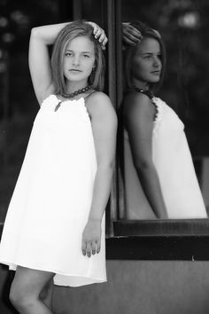 Senior portrait for girls- female pose - outdoor lighting picture - senior picture ideas for girls - black and white - mirror - fashion - outfit idea - sack dress
