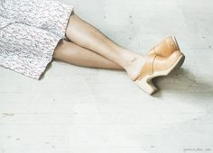 felicity via Garance Dore Swedish Clogs, Swedish Hasbeens, Hasbeens Clogs, Coral Skirt, Clogs Shoes, Me Too Shoes, Spring Fashion, What To Wear, Fashion Beauty