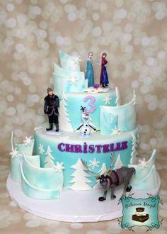 Photos ENFANTS | Gâteaux Magik frozen cake gateau reine des neiges Frozen Cake, Olaf Frozen, Frozen Party, 4th Birthday Parties, Birthday Cake, Party Cakes, Desserts, Cake Ideas, Anna