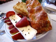 Cafe Gitane: Apples and Brie