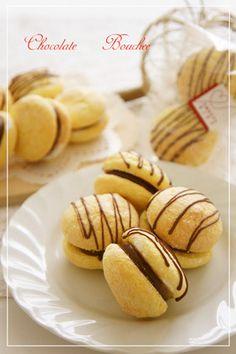 「⁂ミニ♡チョコブッセ⁂」nyontaさん Japanese Pastries, Japanese Sweets, Sweets Recipes, Something Sweet, Creative Food, Sweet Treats, Deserts, Muffin, Food And Drink