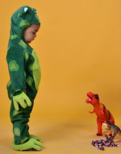 Sapo Bebé Dinosaur Stuffed Animal, Toys, Animals, Toad, Costumes, Activity Toys, Animales, Animaux, Clearance Toys