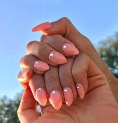 Peachy Keen - A peachy coral shade is a must for summer. Nailart, Abstract Nail Art, Best Nail Polish, Cool Nail Designs, Little Things, Summer Nails, Acrylic Nails, Finger, Colorful