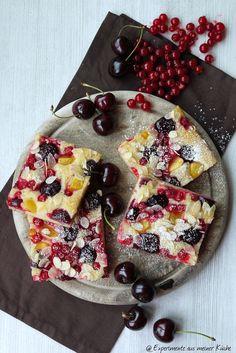 Experimente aus meiner Küche: Sommerlich leichter Kirsch-Allerlei-Kuchen #ichbacksmir