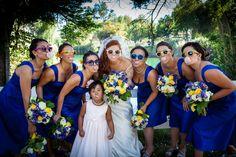 Wedding pictures bridesmaids bubble gum picture